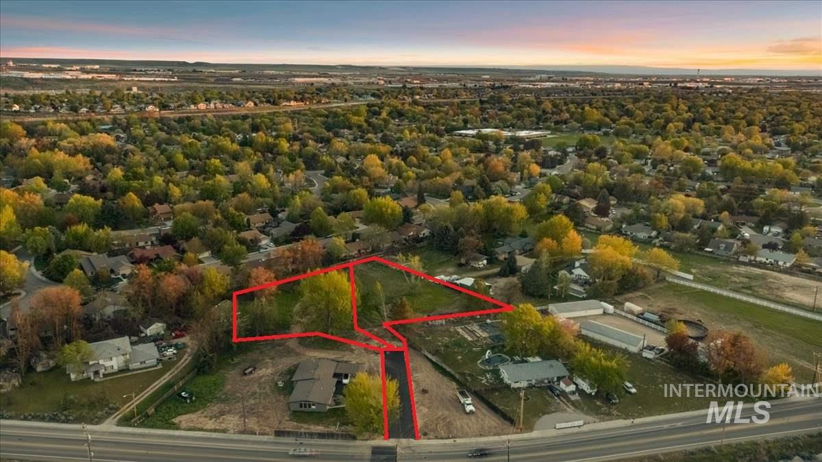 Incredibly rare and private .60 acre estate lot in East Boise across from Bown Crossing!